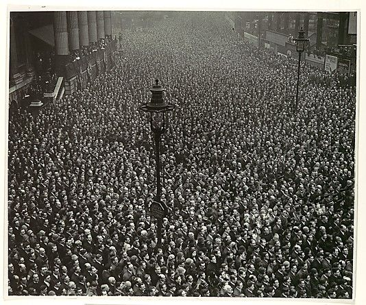 Two-Minute Silence, Armistice Day, London  1919